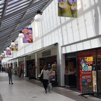 DDJ Muziek in winkelcentrum Goverwelle